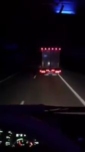 Drivers spending their night time with some fun - watch with sound (Video)